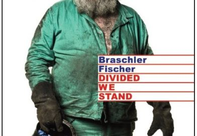 Mathias Braschler & Monika Fischer. DIVIDED WE STAND